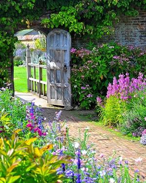 Creative Pathways to Access Your Garden